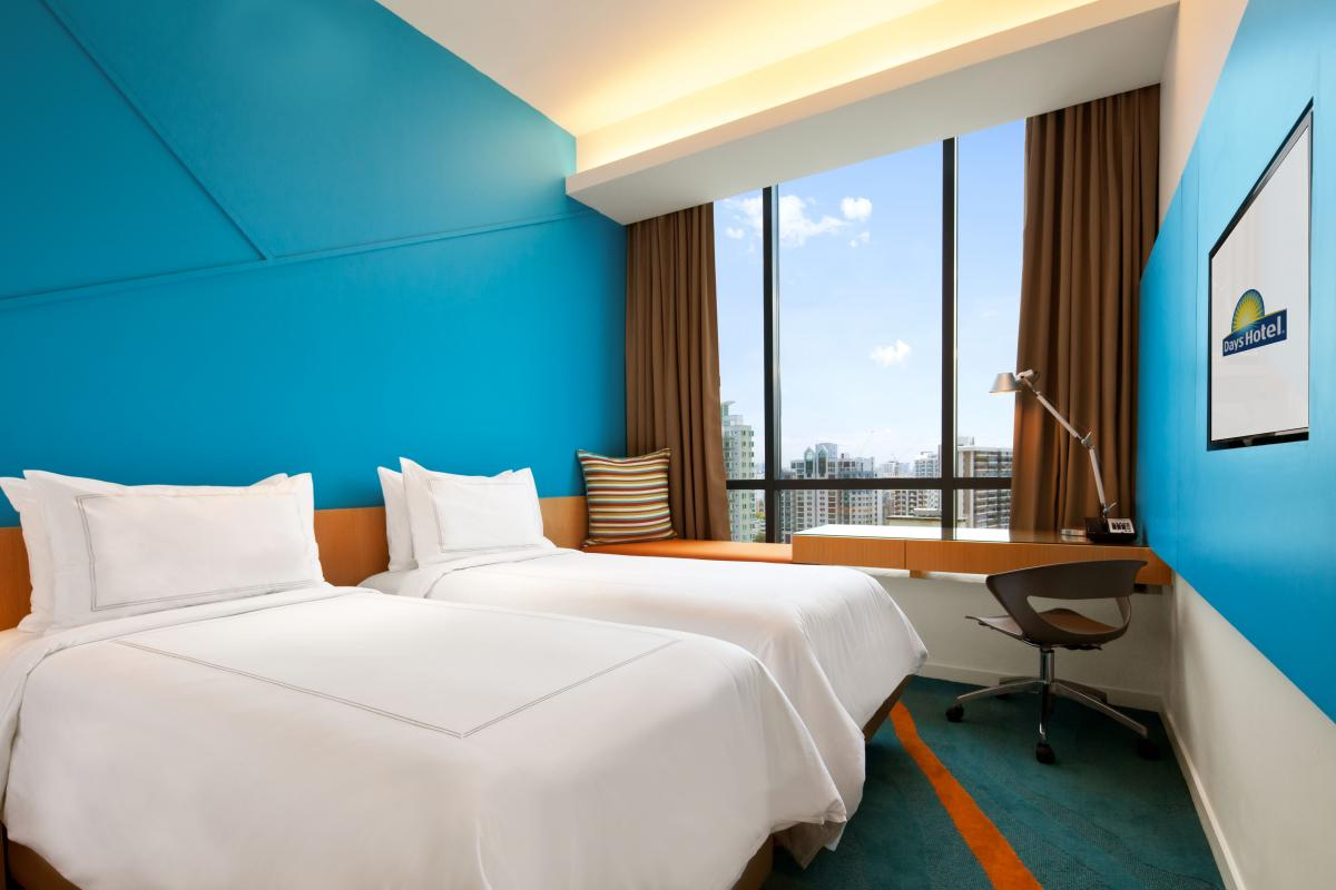Days_Hotel_Singapore_At_Zhongshan_Park_Twin-beds_Room