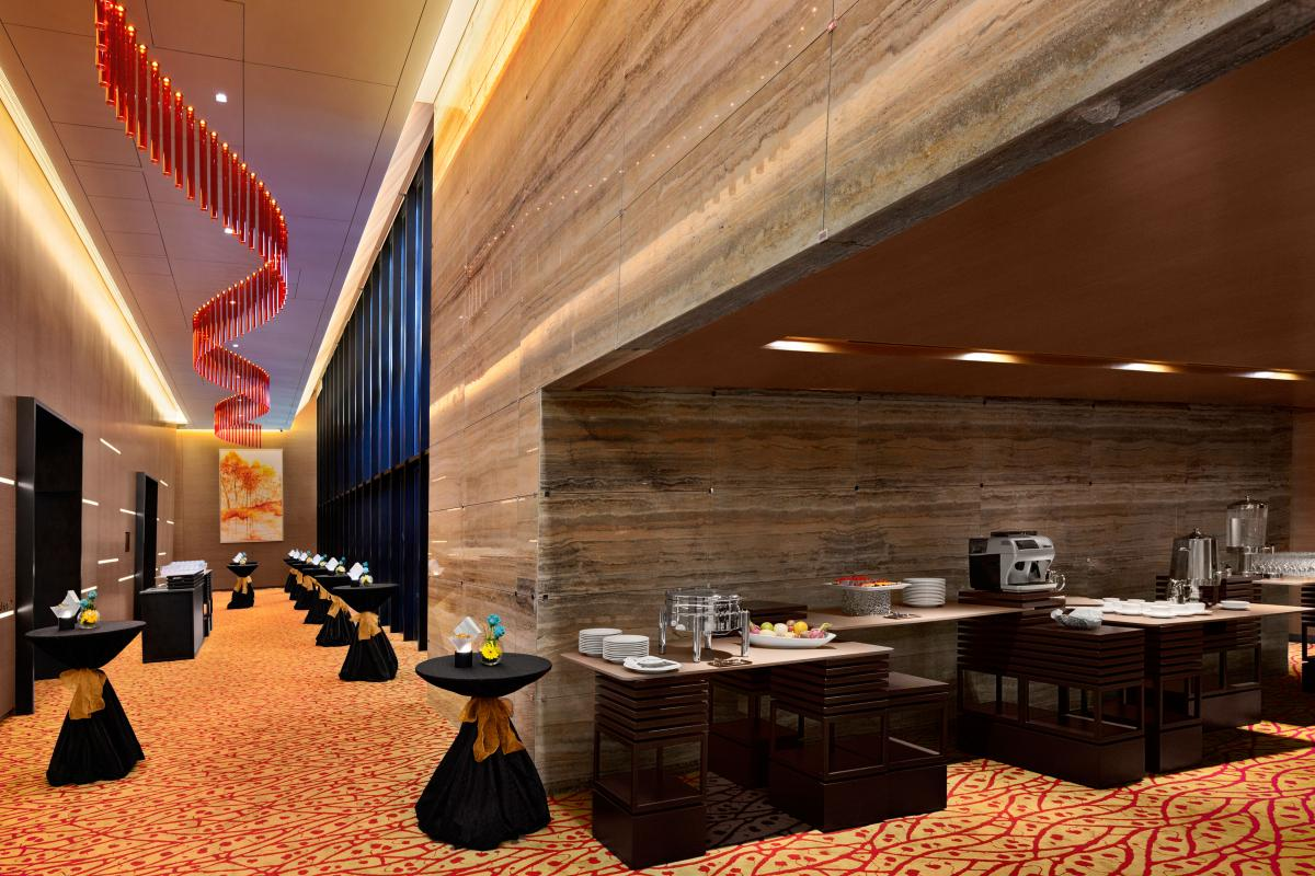 Ramada_Singapore_At_Zhongshan_Park_Ballroom_Foyer