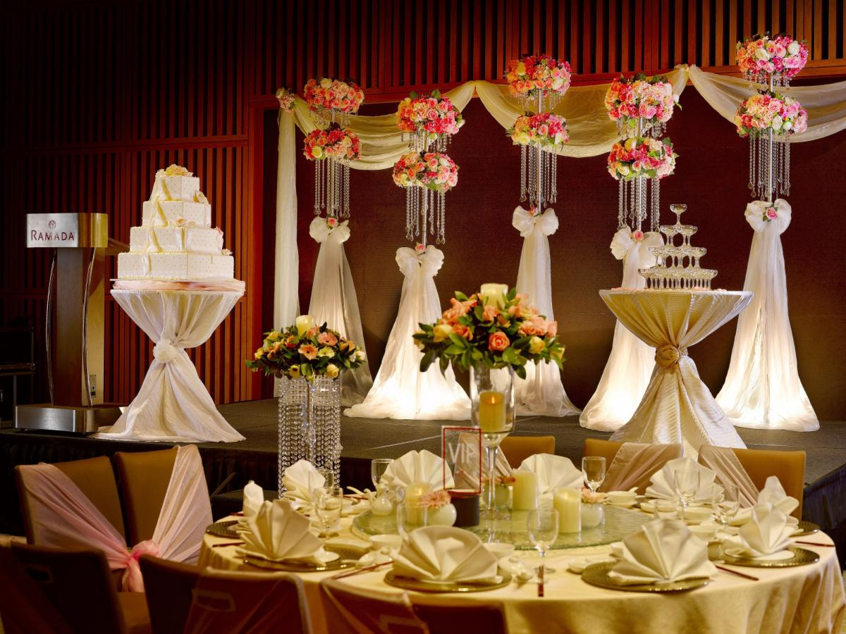 Ramada_Singapore_At_Zhongshan_Park_Spring_Romance_Wedding_Setup